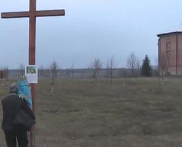 В зоне АТО на линии фронта создали 500-километровый Крестный путь от Мариуполя до Станицы Луганской