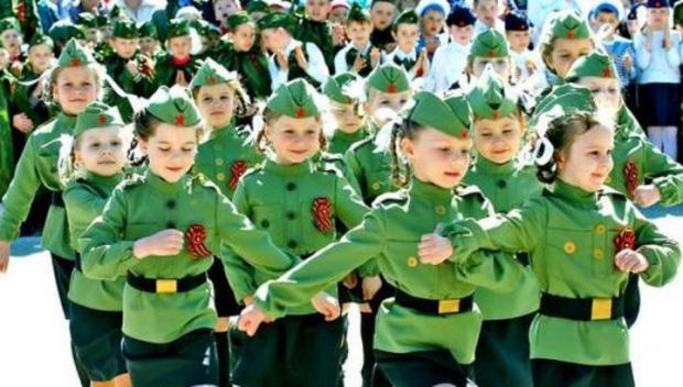 картинки для детей военный парад