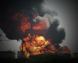 Кременчгский НПЗ сотряс взрыв: рвануло топливо, на место выехали спасатели