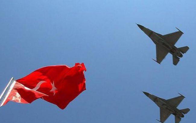 Руководитель МИД Турции: Анкара готова начать боевые действия противИГ вСирии