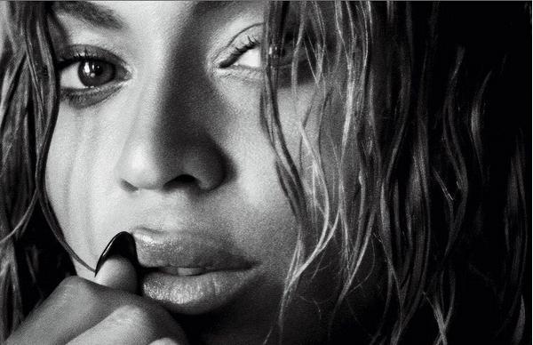 Бейонсе восхитила привлекательным бюстом ипышной попой в новоиспеченной фотосессии— Неприкрытая сексуальность