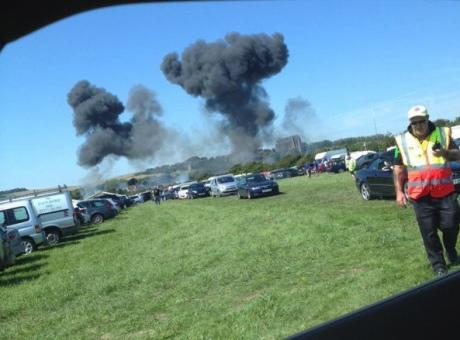 ВСоединенном Королевстве Великобритании самолет разбился вовремя авиашоу