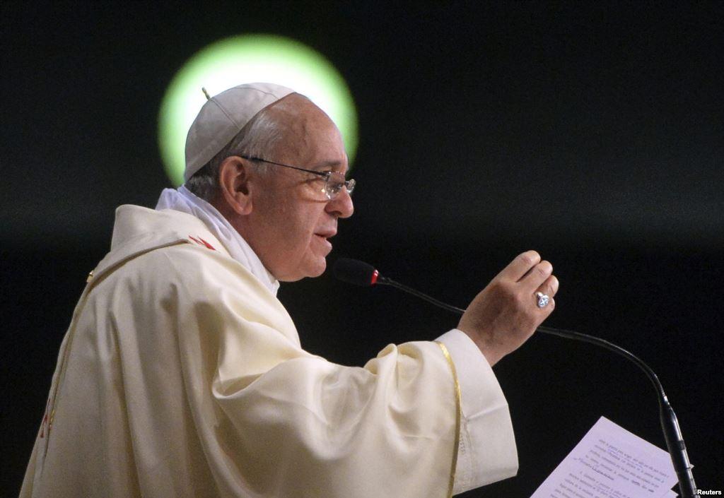 Папа Римский раскритиковал преступления против нелегальных мигрантов