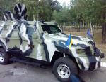 """Центр Киева будут усиленно патрулировать на четырех бронемашинах """"Кугуар"""""""