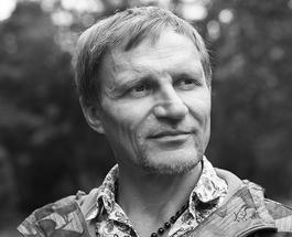 Олег Скрипка провел отца в последний путь