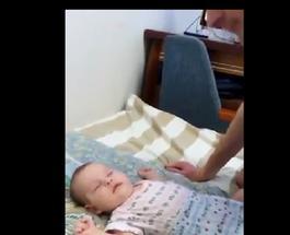 Папам на заметку: если вы до сих пор не знаете, как уложить ребенка спать, смотрите