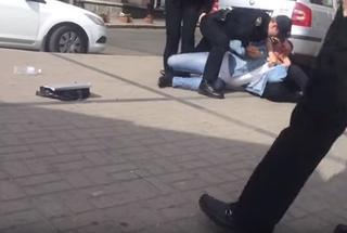Киевская патрульная полиция «скрутила» хама-таксиста, который отказался выполнять закон