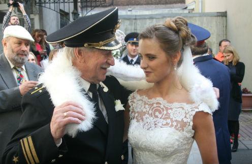 24-летняя невеста 84-летнего Ивана Краско: «Он обнимал меня и целовал. Значит, секс был!»