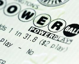 ИноСМИ: американец выиграл в лотерею $301 млн