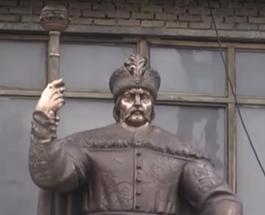Первый в Украине памятник гетману Мазепе откроют в Полтаве