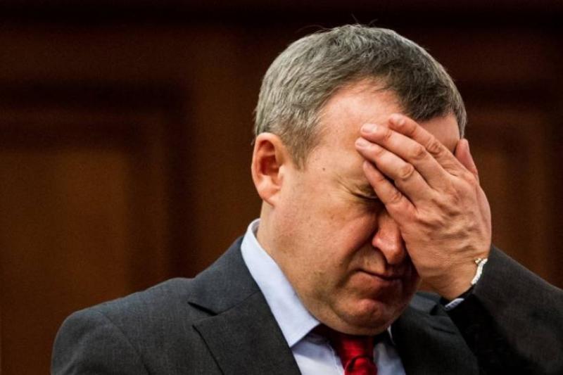 В Варшаве крымского «чиновника» облили кофе: он обвинил в этом посла Дещицу