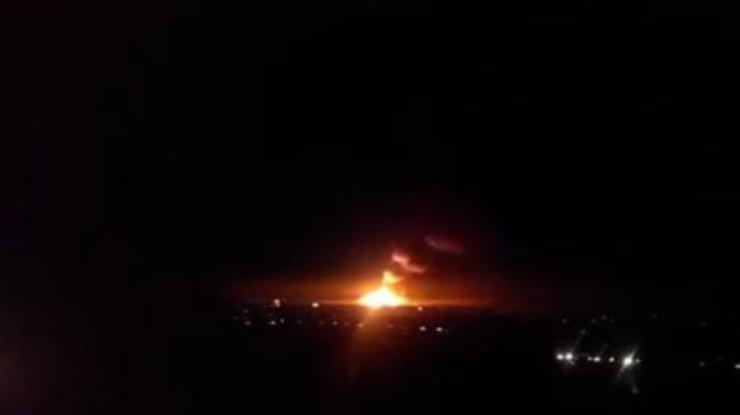 Снаряды системы залпового огня «Ураган» взрываются в Сватово