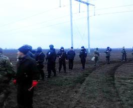Блокада Крыма продолжается: украинские силовики и организаторы блокады пришли к компромиссу