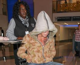 Стала известна причина, почему Микки Рурк попал в инвалидное кресло