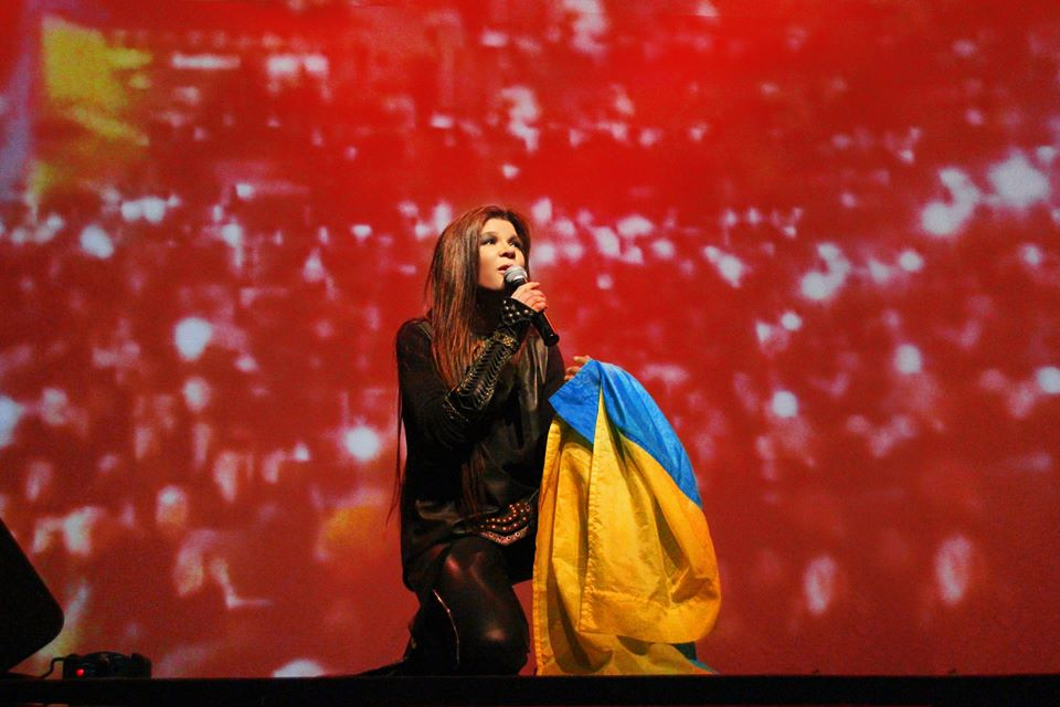 Руслана стимулирует европейских поклонников учить украинский язык