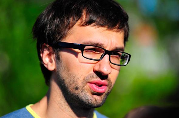 Блоггер обвинил нардепа Лещенко в работе на российского олигарха Григоришина
