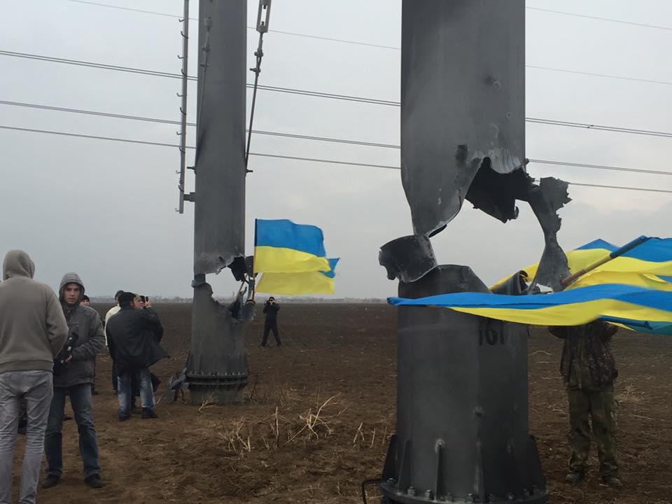 Украина может вернуть электричество вКрым напротяжении суток