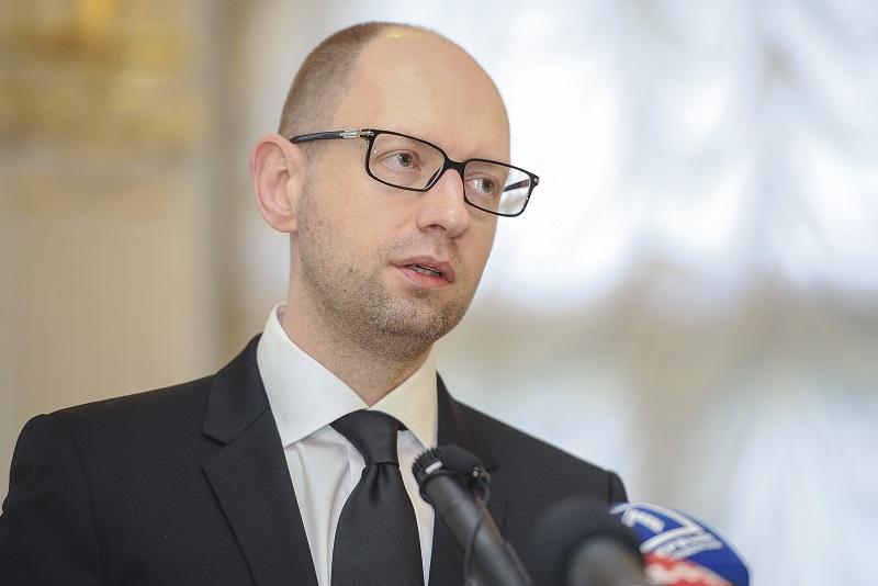 Яценюк заявляет, что руководство государства Украины проводит реформы, подобные польским