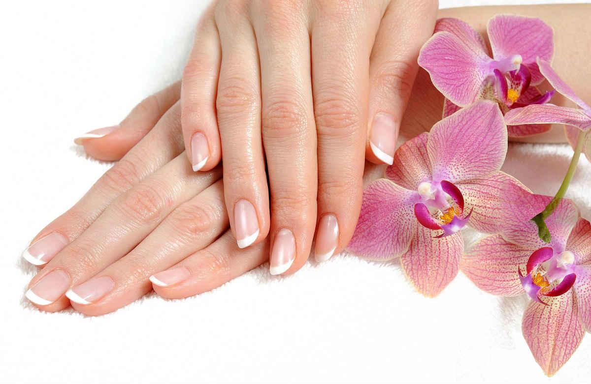 Фото ухоженных рук и ногтей