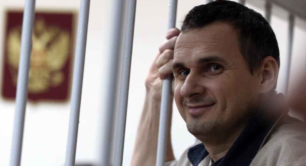 Минюст РФ в течение месяца решит вопрос о передаче Сенцова Украине