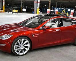 Новинки авто: Tesla Motors сегодня представила первый бюджетный электромобиль