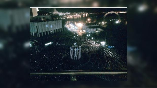 «Французская весна» открылась световым шоу в Киеве