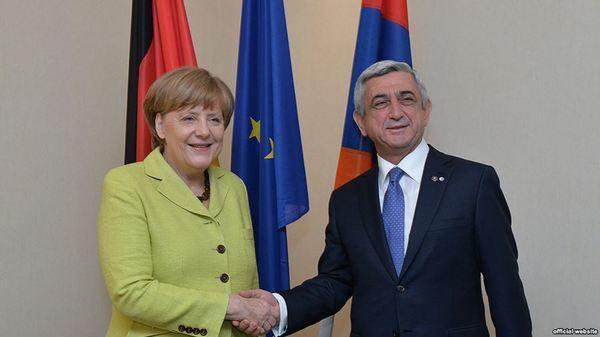 Ангела Меркель придумала, как решить конфликт вКарабахе