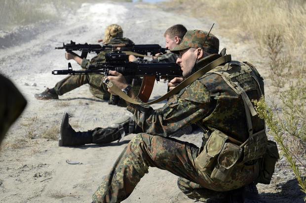Спецназ штурмует объект вооруженных бойцов «Торнадо» вБоярке,— Мосийчук