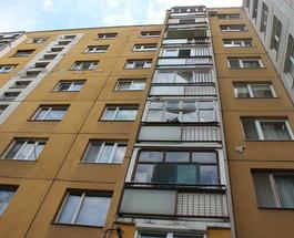 Происшествия на Закарпатье: В Ужгороде мужчина выжил, упав с балкона многоэтажки