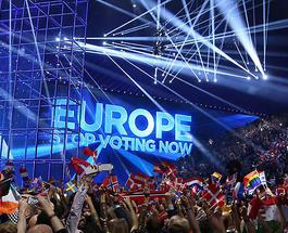 """""""Евровидение 2016"""" финал: номера участников зрители поддерживают котиками и тортиками"""