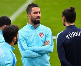 Матч Евро-2016 Чехия-Турция: онлайн трансляция и прогнозы букмекеров