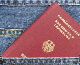 Украинцы активно меняют свое гражданство на немецкое