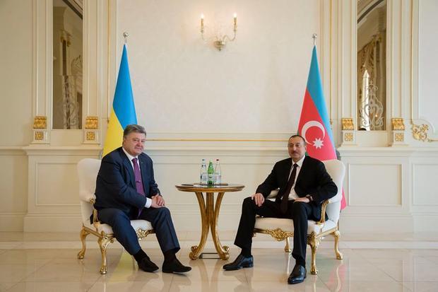 Украина очень рада позиции Азербайджана поКрыму— Порошенко