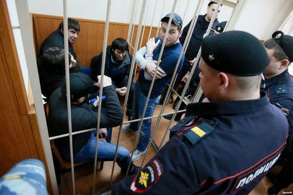 Перед началом процесса по«делу Немцова» усуда усилили меры безопасности