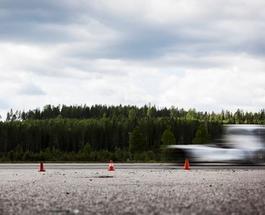 Грузовик Volvo собирается установить рекорд скорости