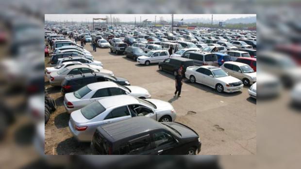 Продажи подержанных авто летом упали на86%