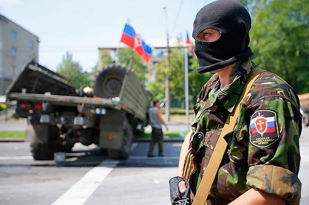 Под Дебальцево прибыл большой эшелон русской военной техники