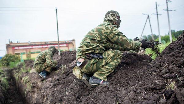Наадмингранице сКрымом военнослужащиеРФ проводят инженерные работы— Генштаб