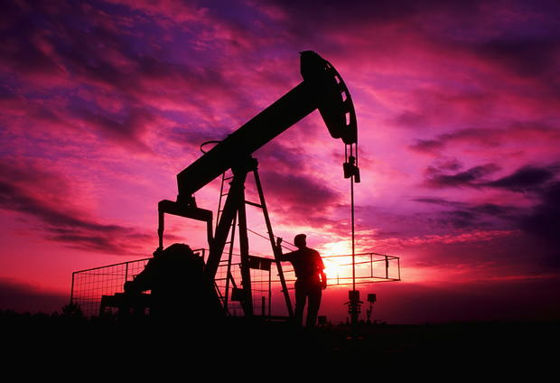Нефть марки Brent упала вцене ниже 44 долларов забаррель
