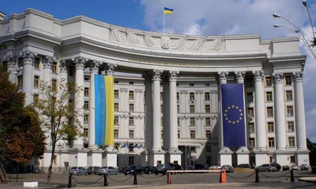 Захарова: Визовый режим сРоссией ударит поУкраине