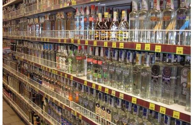 Министр финансов предлагает пересмотреть минимальные цены на спирт