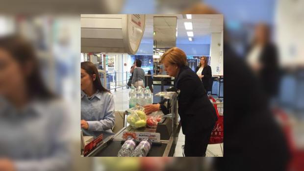Жителям германии предпишут запасаться едой наслучай войны— FAS