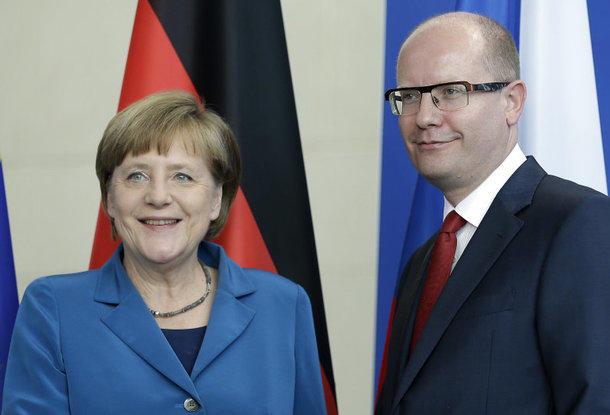 Меркель иСоботка против снятия санкций с Российской Федерации