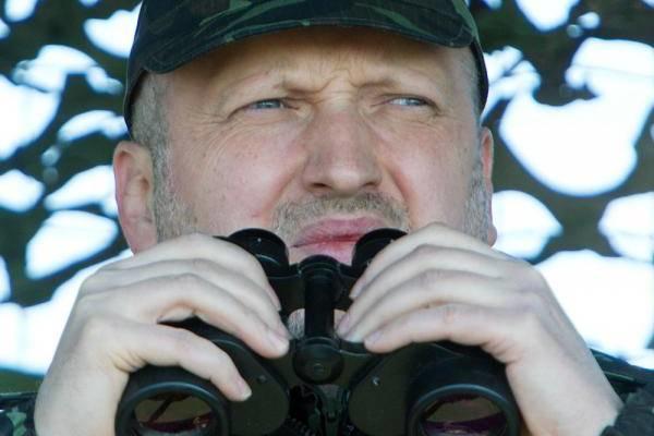 Турчинов рассказал обиспытании украинских ракет, которые «лучше российских»