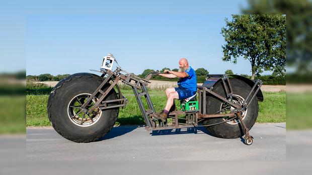 Изобретатель изГермании создал самый тяжелый вмире велосипед