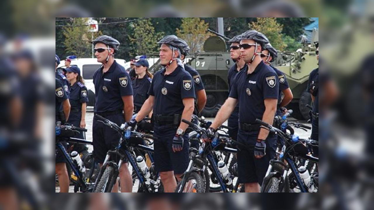 ВХарькове сегодня начали работу полицейские велопатрули