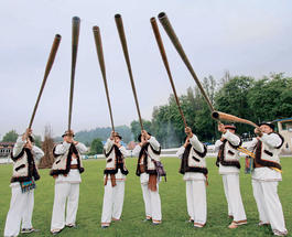 Гуцулы на Закарпатье установили необыкновенный национальный рекорд