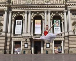 Звезды балета на улицах Львова
