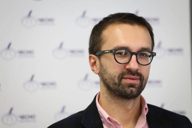 «Народный фронт» призвал Лещенко сложить мандат из-за «квартирного скандала»
