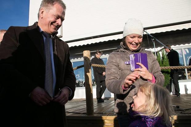 Девочка предложила президенту Финляндии поменяться жильем